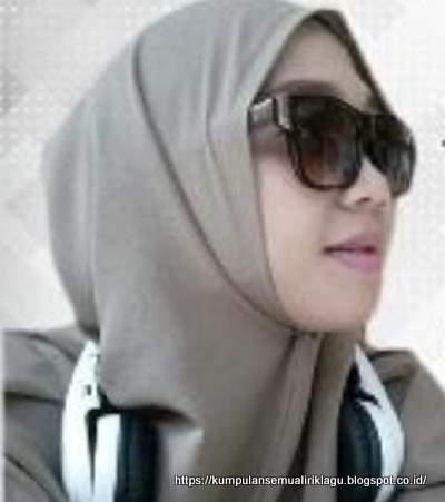 Aci Cahaya - Ana Uhibbuka Fillah