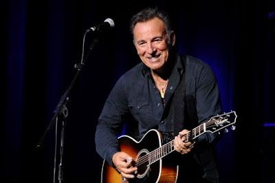 Daftar 10 Lagu Terbaik Bruce Springsteen