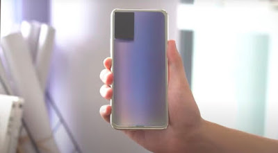Color changing Smartphone