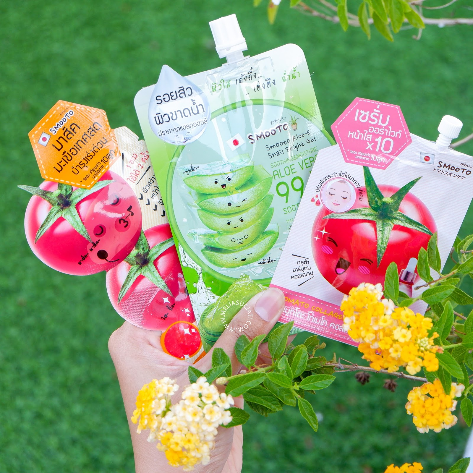REVIEW SMOOTO ALOE-E SNAIL BRIGHT GEL, SMOOTO TOMATO COLLAGEN WHITE SERUM DAN SMOOTO TOMATO COLLAGEN WHITE&SMOOTH MASK