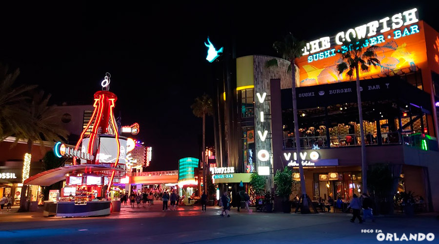 Universal City Walk a noite.