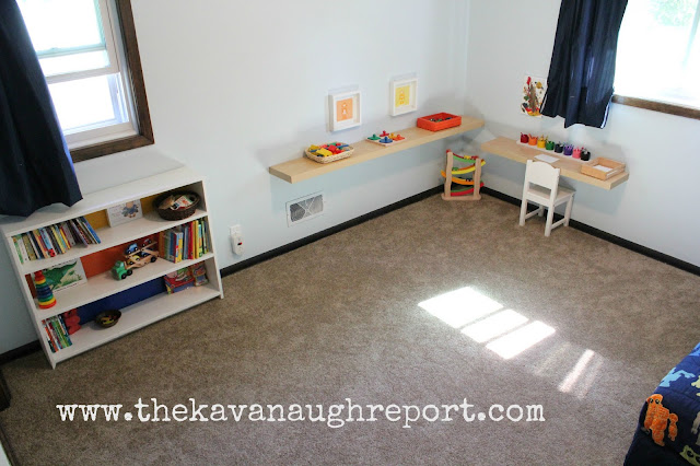 Montessori toddler bedroom, a look inside a Montessori home to a 2-year-olds bedroom