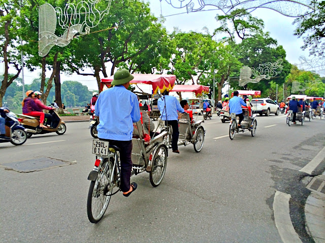 Hanoi Cyclo Tour fun fun fun