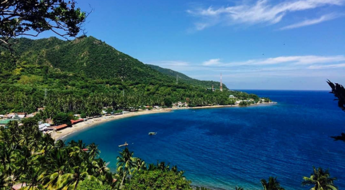 Bukit Cinta dan pemandangan Teluk Tomini sumber gambar: Instagram @jalanjalangorontalo