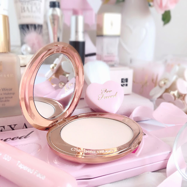 Favourite Products of 2016 | Charlotte Tilbury Airbrush Flawless Finish Powder