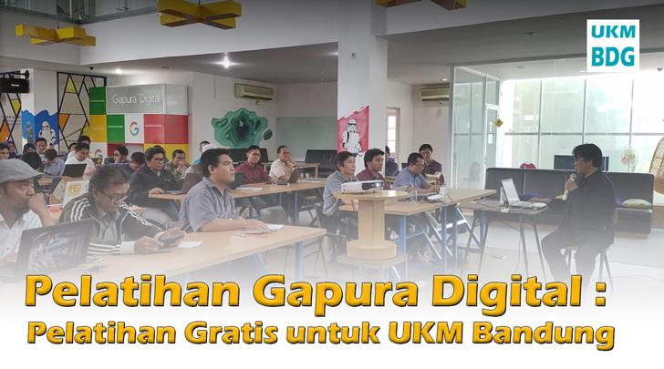 adetruna saat mengisi Pelatihan Gapura Digital : Pelatihan Gratis untuk UKM Bandung