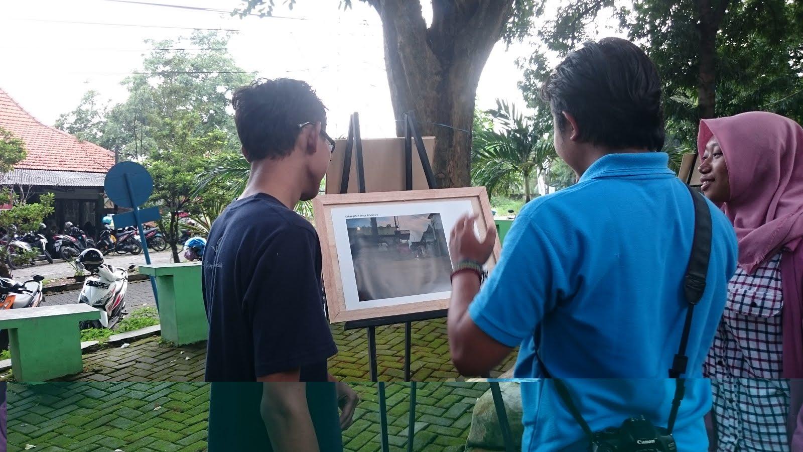 Potret Buram Pasar Tradisional dalam Pameran Foto Copy Lens