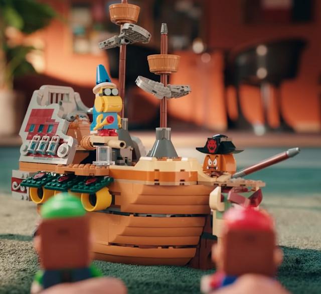 LEGO Super Mario Bowser's Airship Expansion Kamek Goomba Luigi