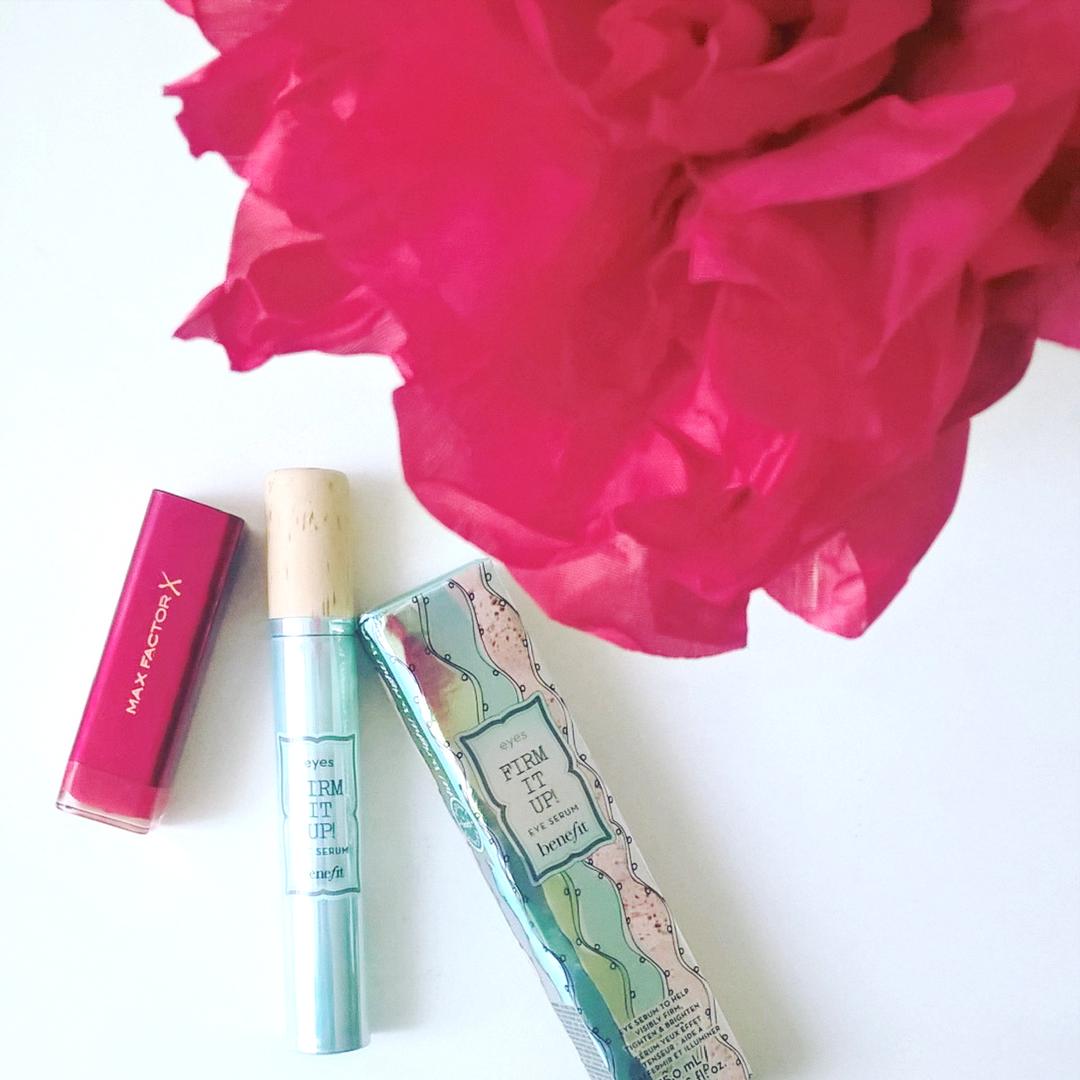 Benefit cosmetics Firm it up serum rozświetlające kontur oka