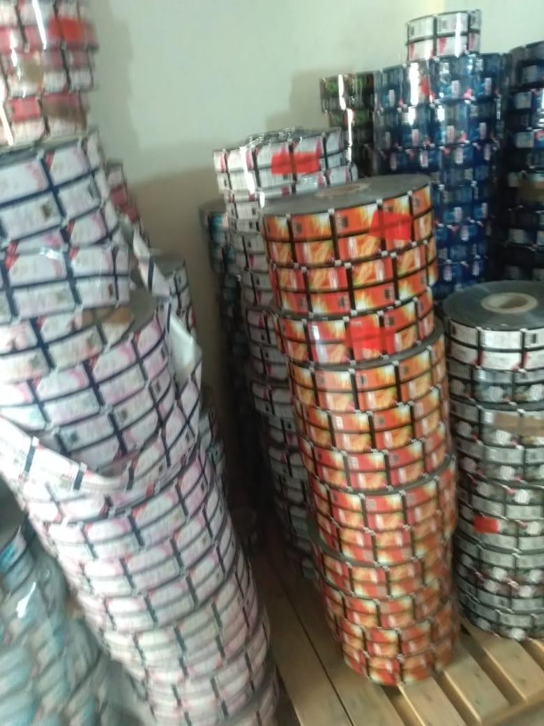 آمنه :ضبط 2700 كجم كحول و63 ألف كيس عطور بدون بيانات او علامات تجارية داخل مصنعين بالدلنجات