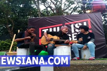 Empang Grup Musik, Tak Perlu Naik Ke Permukaan untuk Dapat Terlihat
