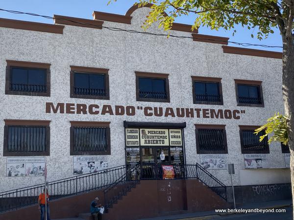 exterior of El Mercado in Juarez, Mexico