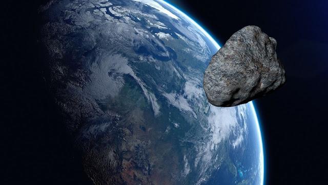 Astrónomos detectan un asteroide del tamaño de un auto horas antes de su impacto con la atmósfera