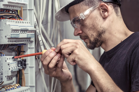 How to connect an electrical panel to the EDF meter