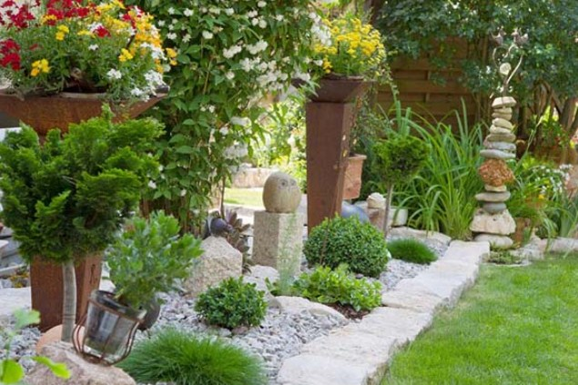 Rain and Snow in Your Yard Landscaping