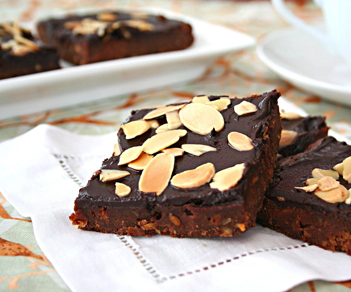 Almond Butter Amaretto Brownies Low Carb And Gluten Free