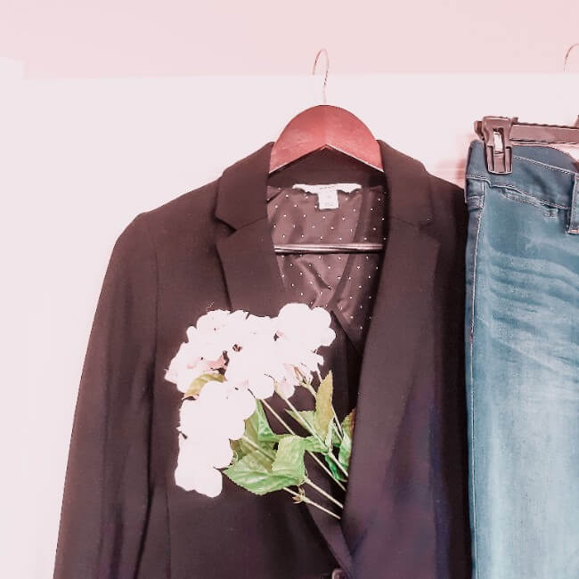The Ultimate Guide to Starting a Capsule Wardrobe