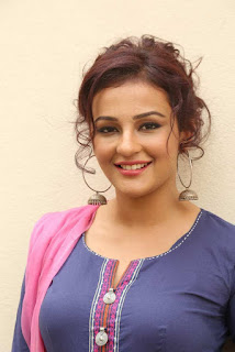Seerat Kapoor , Biography, Profile, Biodata, Family, Husband, Son, Daughter, Father, Mother, Children, Marriage Photos.