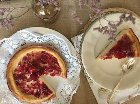 tarta-de-queso-ricotta-y-mermelada-de-cerezas