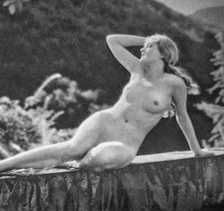 Jeanette Loff Nude
