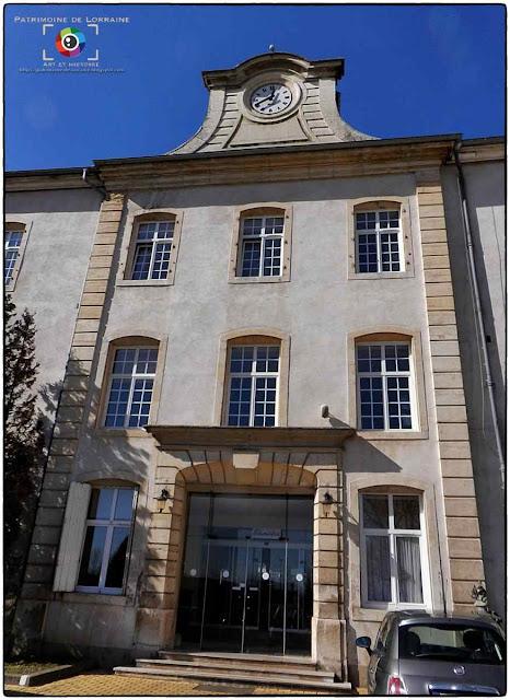 JARVILLE-LA-MALGRANGE (54) - Château