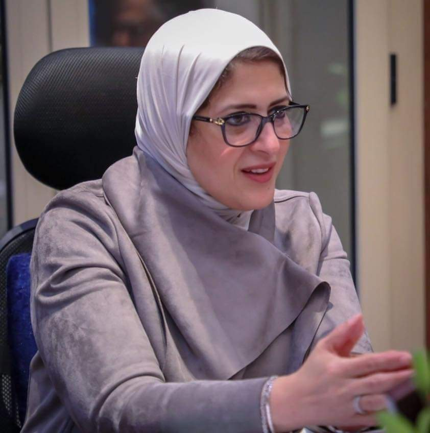 وزيرة الصحه وضع كورونا في سوهاج ليس خطيرا.. وتطلب من المواطنين أخذ اللقاح