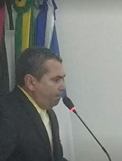 Em discurso de pose na Câmara Municipal de Cacimba de Dentro, o vice-prefeito Tutuca Ferreira afirma que Nelinho Costa tem aval do povo para disputar vaga de dep estadual em 2022.
