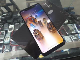 Hape Seken Xiaomi Pocophone F1 RAM 6GB ROM 128GB Eks Garansi Resmi TAM Fullset