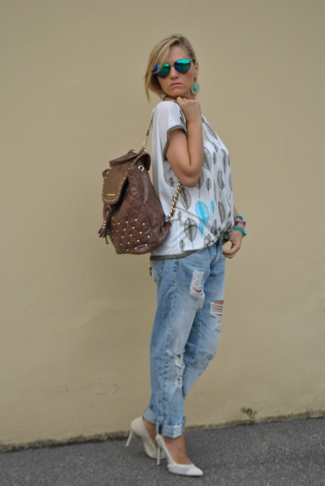 Color block by felym outfit boyfriend ripped jeans and - Pimkie boyfriend jeans ...