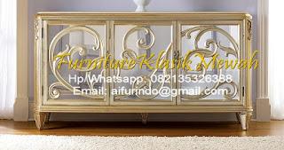 dresser klasik,kabinet jati,bufet ukir,bufet jati,bufet duco emas,credenza ukiran jati ukir jepara,furniture klasik mewah,jual mebel jepara