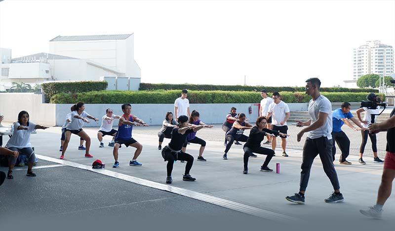 Latihan Fitness Bareng Phone Pyi Kyaw di Singapura, personal trainer, online personal trainer singapore, personal trainer weight loss, genesis gym locations, best personal trainer, fitness first singapore, best gym in singapore, anytime fitness singapore