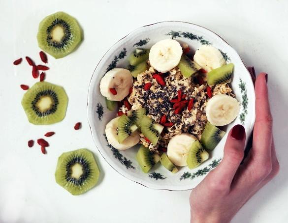 fit, fitness, posiłek przed treningiem, owsianka z chia