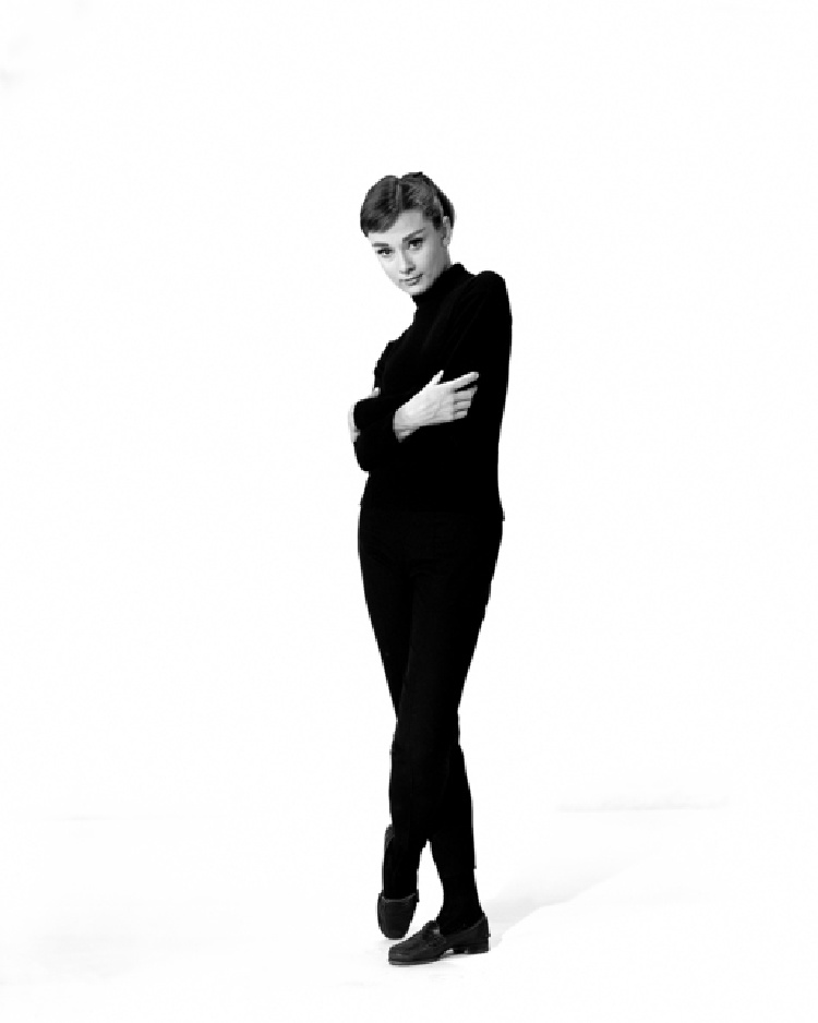 A Vintage Nerd, A Vintage Nerd Recreates, Recreating Old Hollywood Fashion, Old Hollywood Fashion, Audrey Hepburn, Funny Face, Funny Face Jo Stockton, Old Hollywood Blog, Classic Film Blog