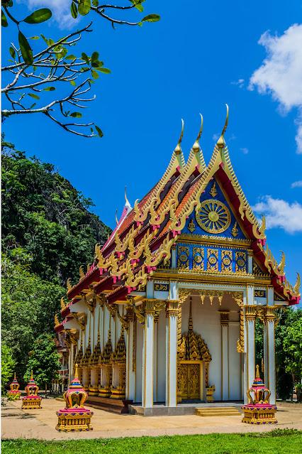 Suwankuha храм Phang nga Пхукет Таиланд