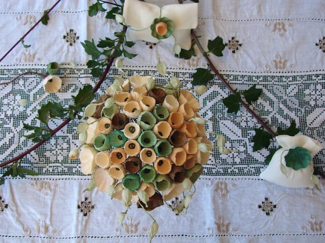 matrimonio in stile botanico : sacchetti segnaposto accessori e bouquet da sposa
