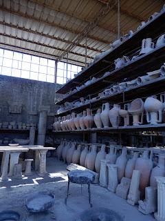 ポンペイ遺跡の土器