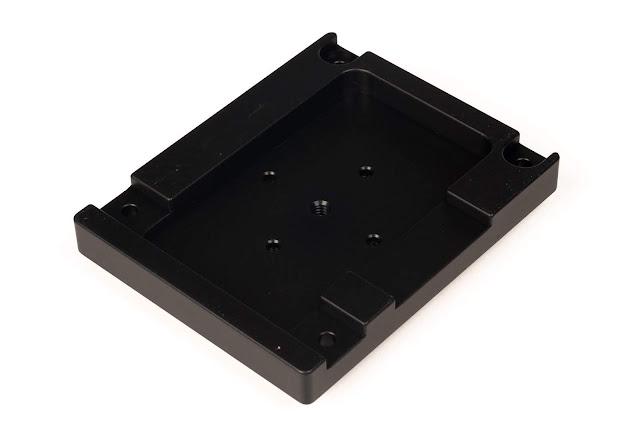 Hejnar Photo MVH502 conversion platform/plate bottom view