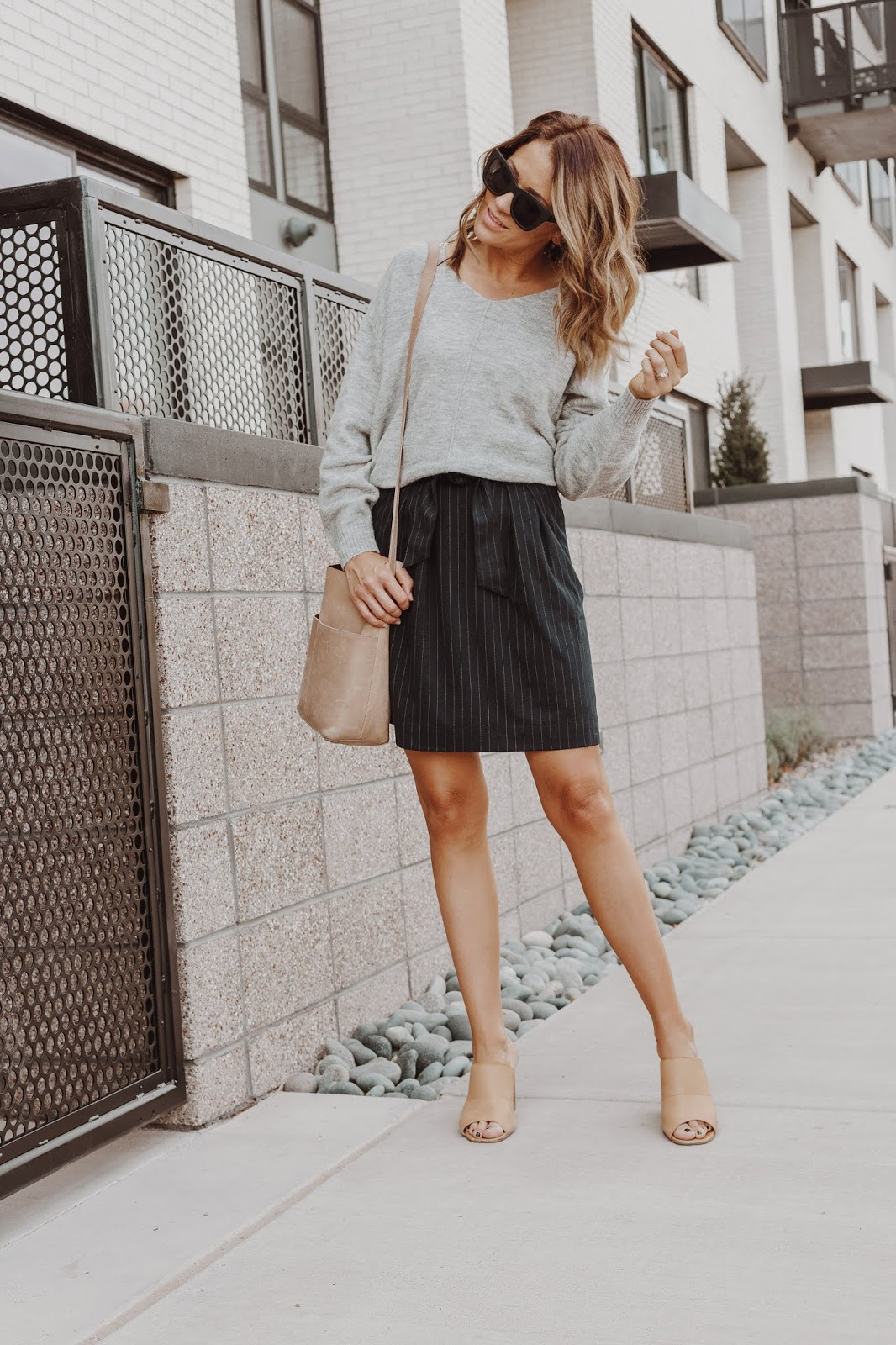 Skirt and Sweater Work Outfit for Fall
