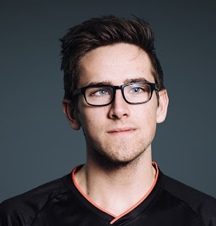 Pimpcsgo Twitch Age, Wiki, Biography, Real Name, Girlfriend, Twitter, Net Worth