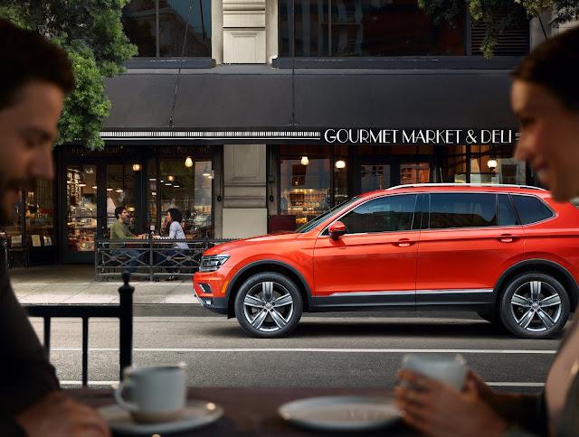 Side view of 2019 Volkswagen Tiguan