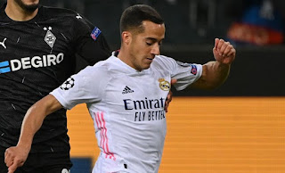 Lucas Vazquez refuses contract offer from Real Madrid.