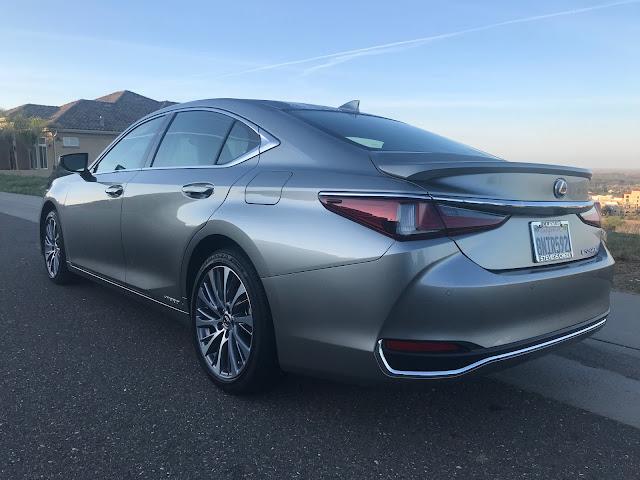 Rear 3/4 view of 2020 Lexus ES 300h