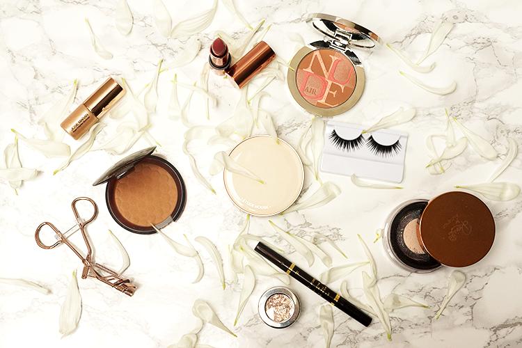 makeup-flatlay-marble-rose-gold-dior-nude-air
