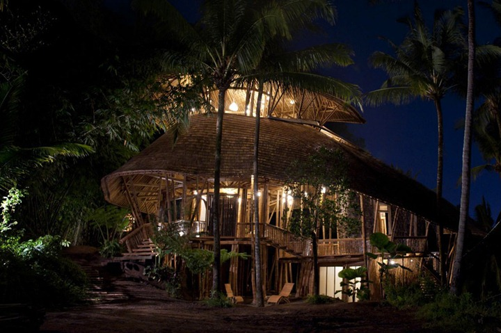 17-Ibuku-Architecture-Bamboo-House-on-4-Levels-www-designstack-co