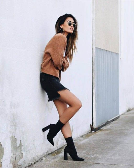 outfit casual juvenil con sock boots negras