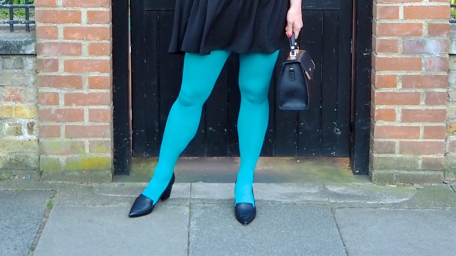 teal tights close up