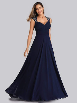 https://eu.ever-pretty.com/collections/evening-dresses-gowns/products/long-evening-dress-with-queen-anne-neckline-ep09672-1