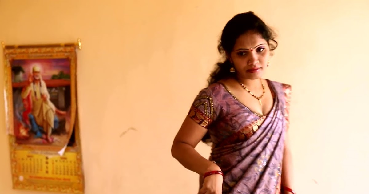 Indian House Wife Seduce In Bedroom By Husbands Best -2073
