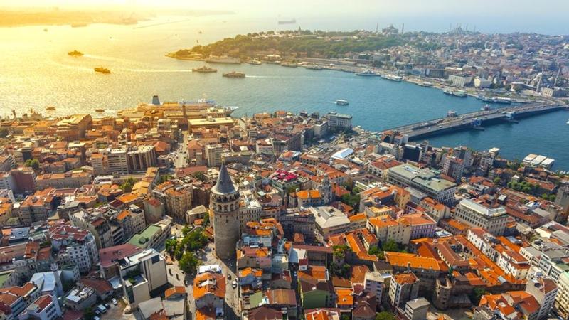 İstanbullu yaşamak ve çalışmak için Avrupa Yakası dedi