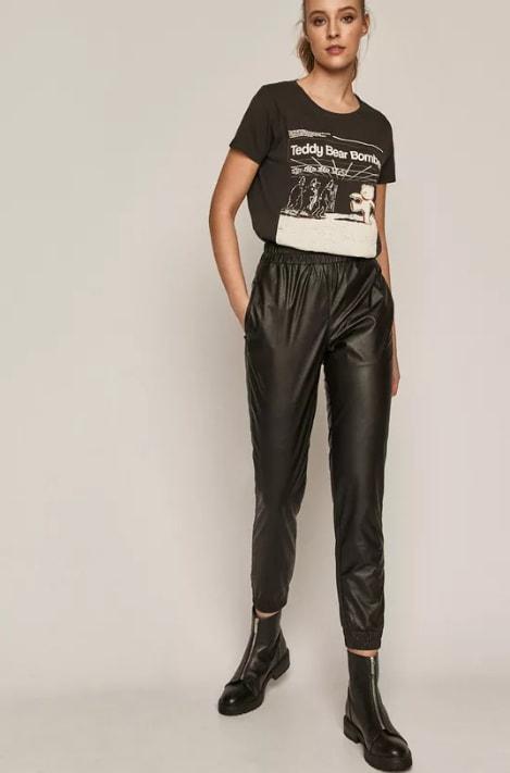 Pantaloni de dama din piele ecologica negri cu elastic la baza